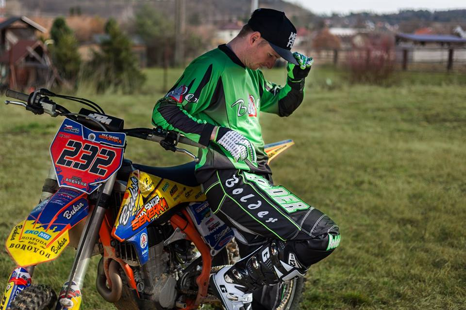 Motocross wear, motocross suits, motocross gloves
